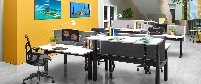 Herman Miller Sit to Stand office desk - Espace et Vie | Sièges et Bureaux